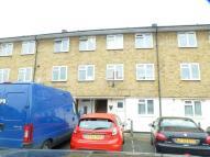 2 bedroom Maisonette to rent in Norton Close, E4 8