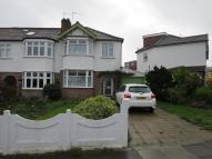 Flat to rent in Willow Road, Enfield