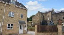 Town House in Navigation Drive...
