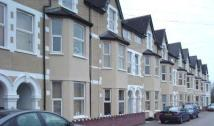 Ely Road Flat to rent