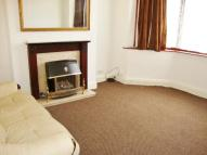 Terraced home to rent in Woodlands Avenue...