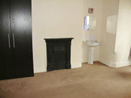 House Share in KNOLL STREET, Salford, M7