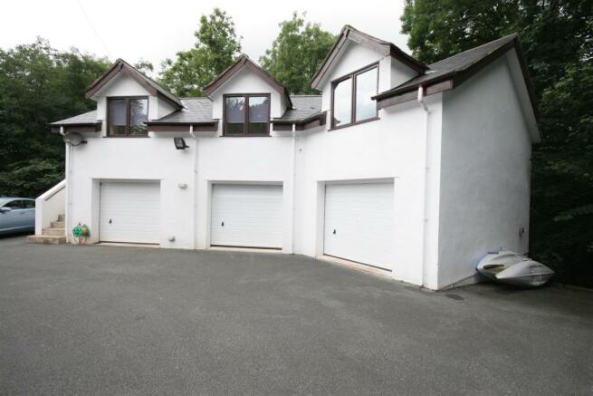 3 Car Garage Block