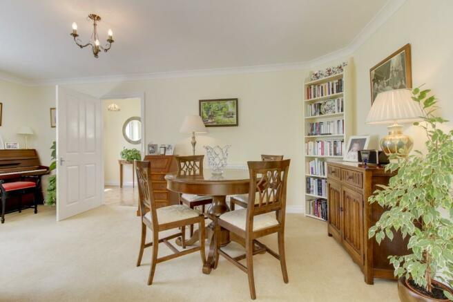 Living Area 3/Din...