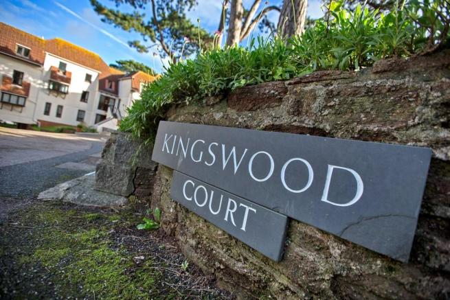 Kingswood Court