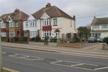 3 bedroom semi detached house to rent in London Road, ME8