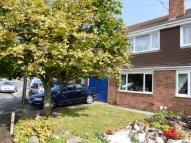 4 bed property to rent in Little Normans...