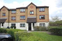 Flat in Mullards Close, MITCHAM...
