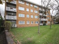 Flat in Maldon Road, WALLINGTON...