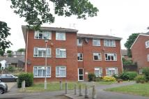 2 bedroom Flat in Sir John Moore Avenue...