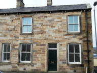 4 bedroom End of Terrace house in 140/142 EVERY STREET...
