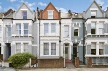 4 bedroom house in Bolingbroke Road...
