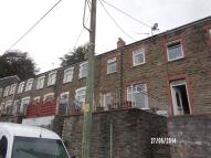 2 bedroom Terraced house in Queens Road...