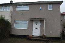 3 bed semi detached home to rent in Grovers Close...