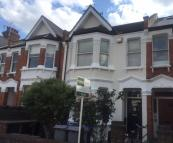 Flat in Holland Road, LONDON NW10