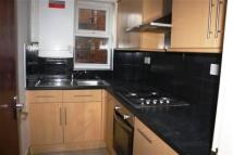 Flat to rent in Grosvenor Road,  London...