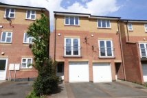 semi detached home to rent in Smithmoor Crescent...
