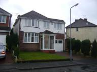 4 bedroom Detached house in Swan Crescent, Oldbury...