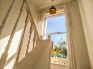 2 bedroom Maisonette to rent in King Edward's Road...
