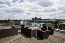 Apartment to rent in RICHMOND ROAD, London, E8