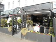 Restaurant to rent in Fully Refurbished...