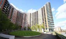 Flat Share in New Providence Wharf...