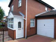 semi detached house to rent in Derby Close...