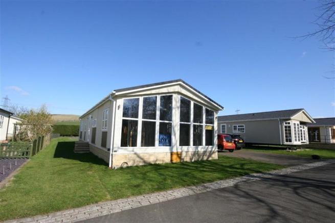 2 Bedroom Commercial Property For Sale In Bridgend Park Wooler Northumberland Ne71 Ne71