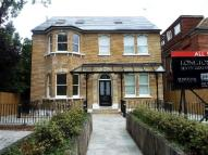 Flat to rent in Longton Avenue, Sydenham