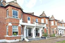 2 bed Maisonette in Lawrie Park Road...