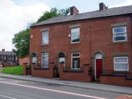 2 bed Terraced house to rent in Ashton Road, Hathershaw...