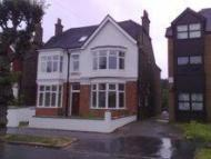 Flat in Thornton Heath, Surrey