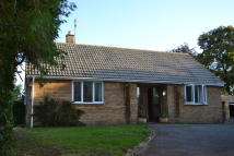 Bungalow in Bath Road, Worcester, WR5