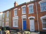Terraced home to rent in Astwood Road...