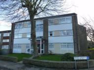 2 bed Flat in Homewood Court...