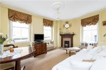 1 bed Terraced property in Lancashire Court, London...