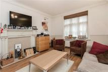 2 bed Flat to rent in Chesterfield House...
