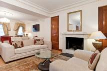 6 bedroom property in Brick Street, London, W1J