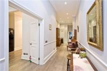 2 bed Flat in Cranley Gardens, London...
