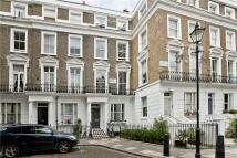 5 bedroom home in Kildare Gardens, London...