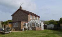 Detached home in Willow Park Road...