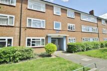 1 bed Apartment in Elsinore Road, London...