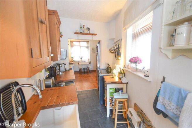 Kitchen/Dinng Area