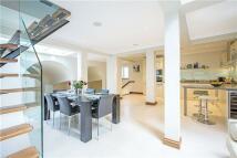 3 bedroom Terraced home in Winchester Street...