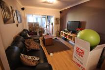 4 bedroom semi detached house to rent in Camrose Avenue, Edgware...