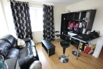 Flat in Fortune Avenue, Edgware...
