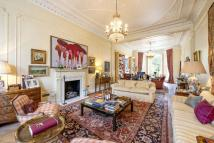 5 bed Maisonette in Holland Park, London, W11