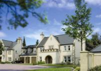 new home in Rowallan Castle...