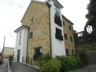 2 bedroom Apartment in Troy Road, Leeds