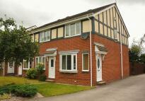 Town House to rent in Birk Lane, Morley, Leeds
